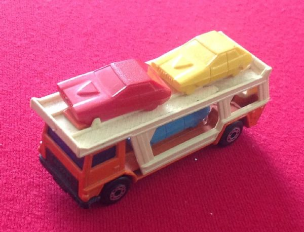Matchbox Superfast No 11 Car Transporter